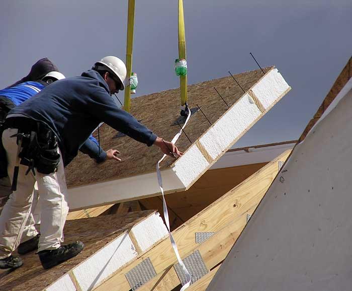 Установка СИП павнелей на крышу