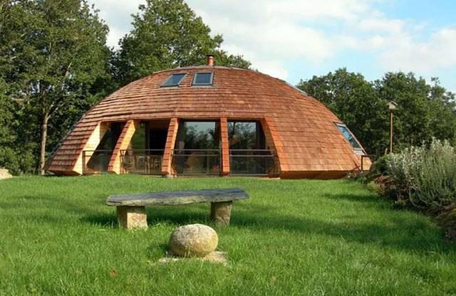 Сферический дом из сип